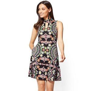 NWT NY&Co Fit and Flare Abstract Keyhole Dress
